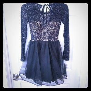 Gorgeous Sparkly Mini Dress!